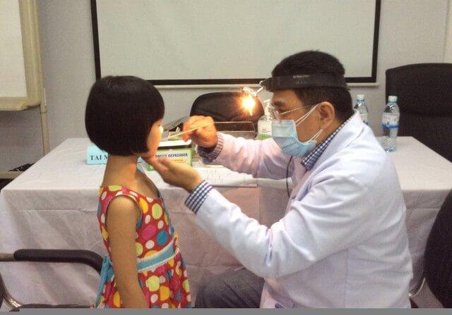 Lưu ý khi tiến hành cắt amidan cho trẻ nhỏ