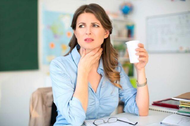 Tại sao cắt amidan vẫn bị đau họng?