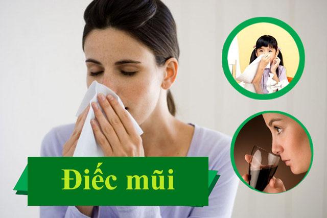 Người bệnh bị điếc mũi do viêm xoang