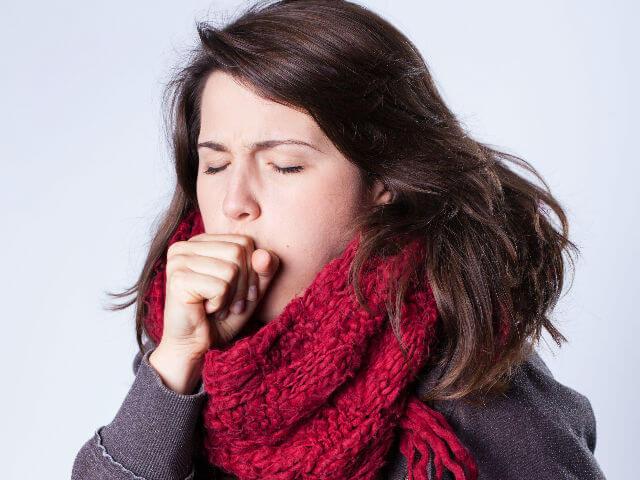 Bệnh cảm lạnh gây ho, đau họng