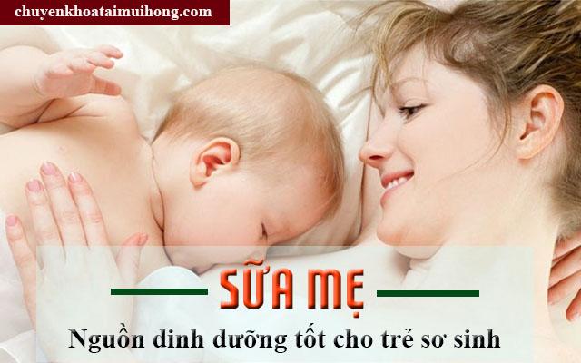Bổ sung sữa mẹ cho trẻ sơ sinh phòng ngừa viêm họng cấp
