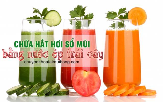 Uống nhiều nước ép trái cây chữa hắt hơi sổ mũi