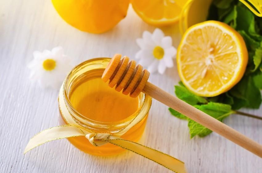 Mật ong và chanh tươi trị viêm amidan hiệu nghiệm