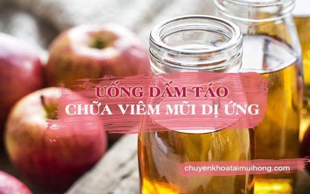 Uống dấm táo chữa viêm mũi dị ứng