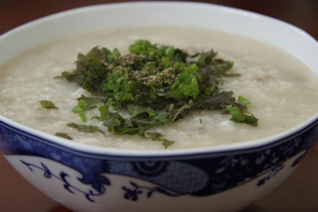 5-mon-chao-tot-cho-nguoi-bi-viem-hong1