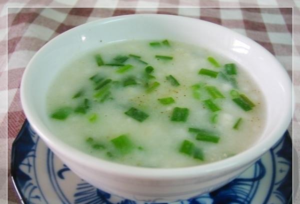 5-mon-chao-tot-cho-nguoi-bi-viem-hong2