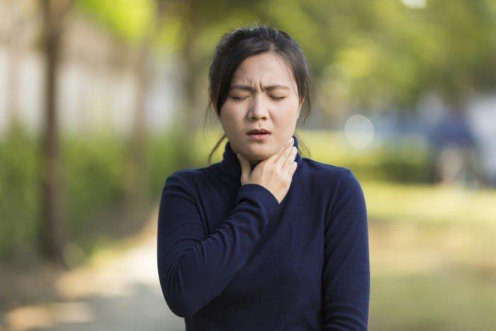 Triệu chứng đau rát cổ do bệnh viêm họng liên cầu khuẩn gây ra