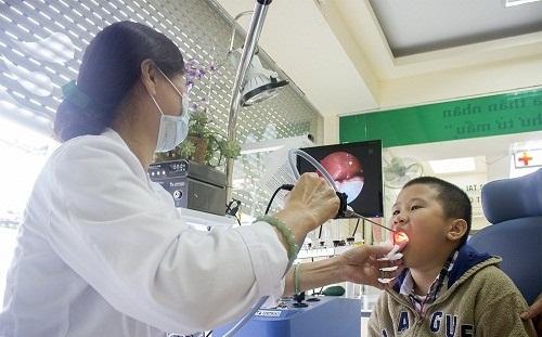 Thăm khám bác sĩ nếu có triệu chứng viêm họng liên cầu khuẩn