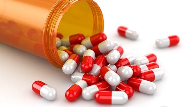 Sử dụng thuốc Tây điều trị viêm họng cho trẻ nhỏ