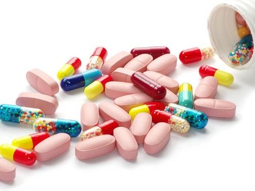 Điều trị bệnh viêm họng do vi rút cho trẻ