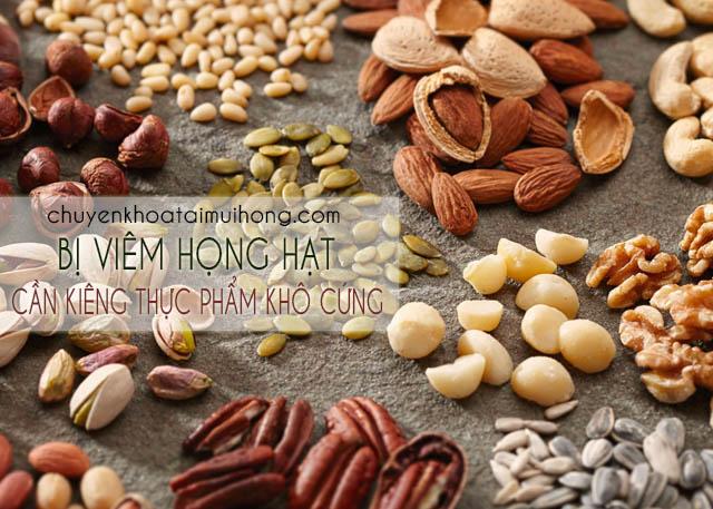 Thực phẩm khô cứng cũng không nên ăn khi bị viêm họng hạt