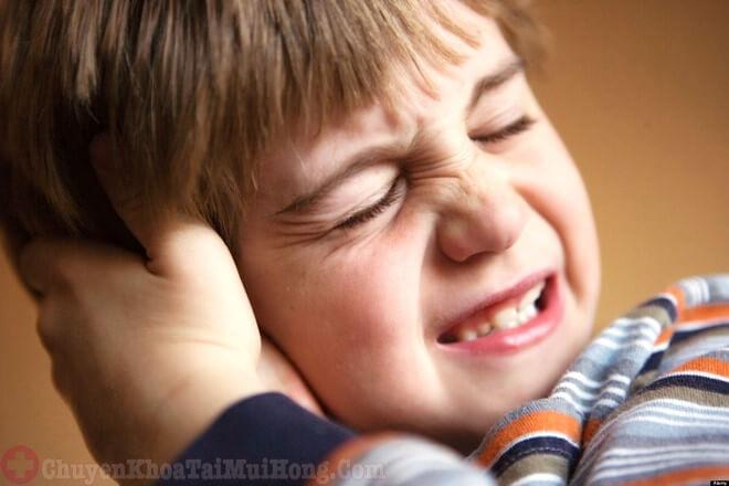 Bệnh viêm tai ngoài ở trẻ em