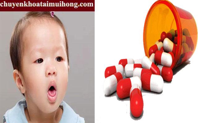 Sử dụng thuốc tây chữa bệnh ho ở trẻ
