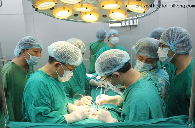 Có nên cắt amidan ở bệnh viện 175 không
