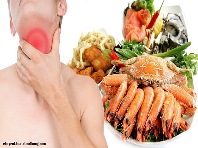 Sau khi cắt amidan ăn tôm có được không?
