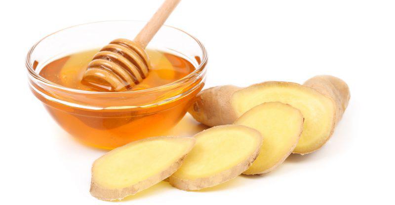 chữa viêm họng bằng mật ong và gừng