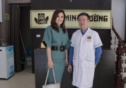 Lương y Tuấn chữa viêm xoang thành công cho nữ diễn viên Hoa Thúy